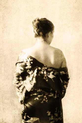 https://www.maaikedanz.nl/files/gimgs/th-12_veer_kimono-web.jpg